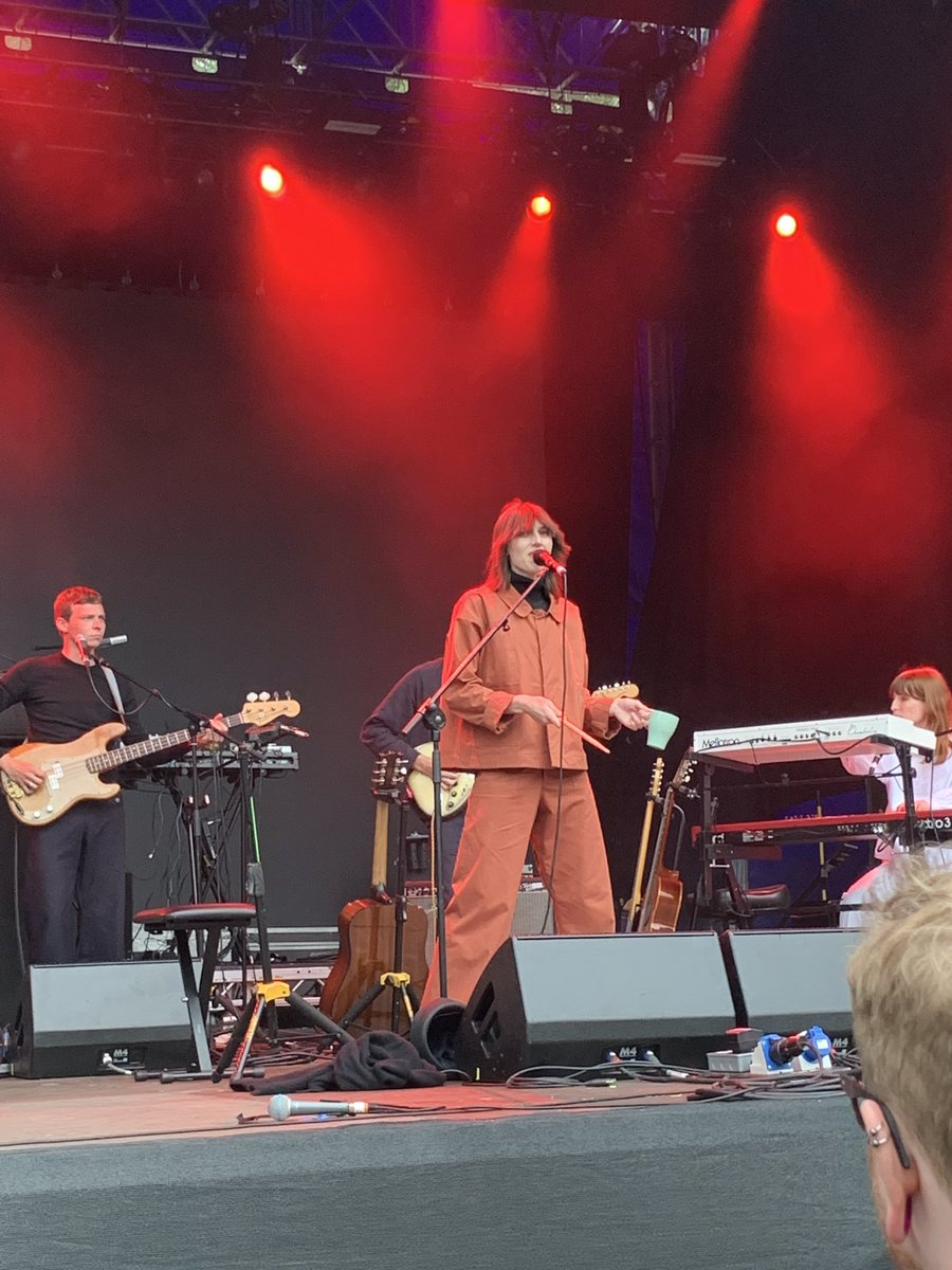 The wonderful world of @AldousHarding. Who needs a cowbell when a mug will do.