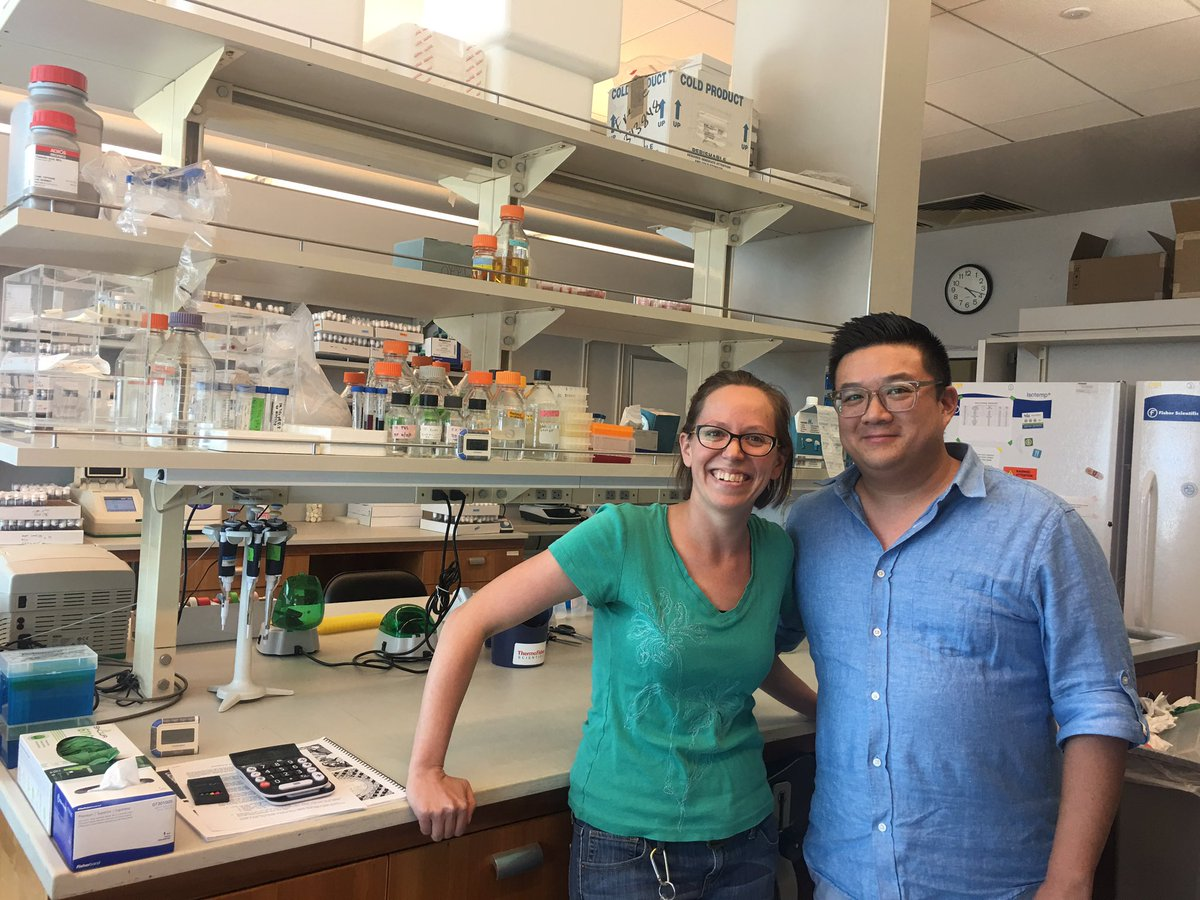 Sad to see @RebeccaPalu, @chowlab's first postdoc, leave today. But she's on to bigger and better things in her own faculty position! #ImNotCryingYoureCrying<br>http://pic.twitter.com/TBfJzqKwBO
