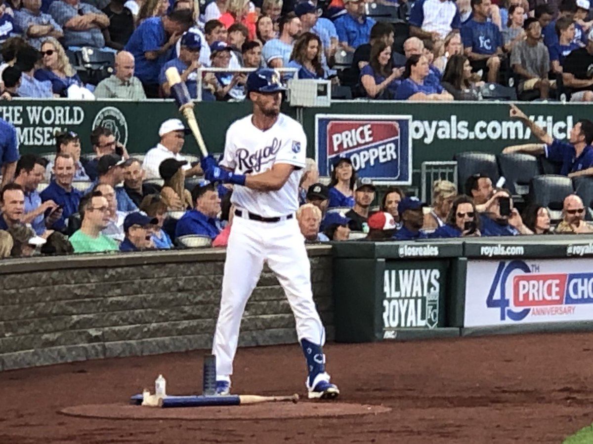 Welcome to the big leagues Bubba Starling.  His first plate appearance came in front of a crowd that mostly stood for all 5 pitches.  The hometown kid drew a walk.