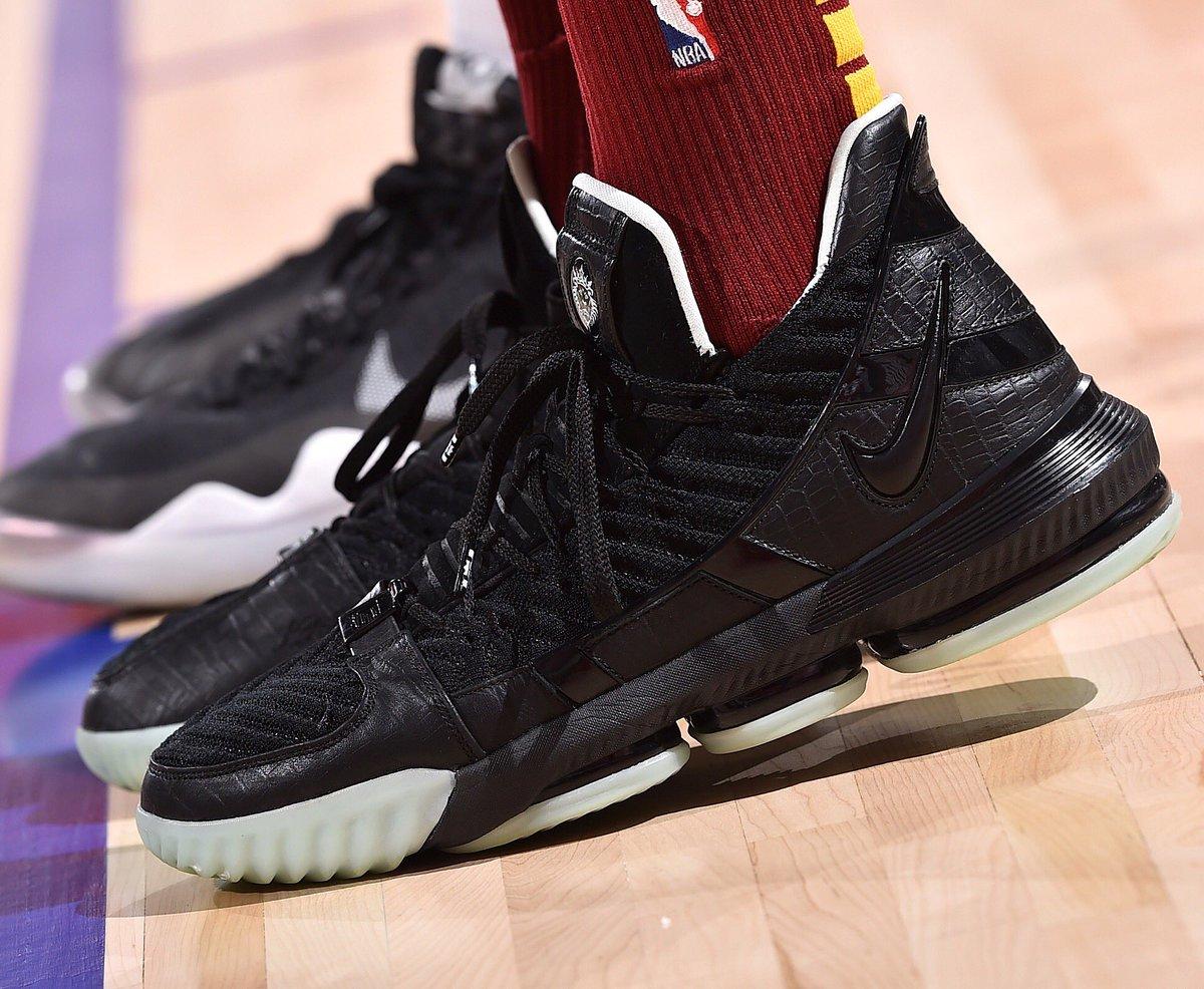 "JaCorey Williams breaks out the ""Glow in the Dark"" Nike LeBron 16 in Las Vegas! #NBASummer #NBAKicks"