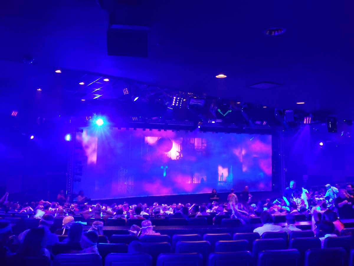 Ready for @bluemangroup performance at the @LuxorLV.