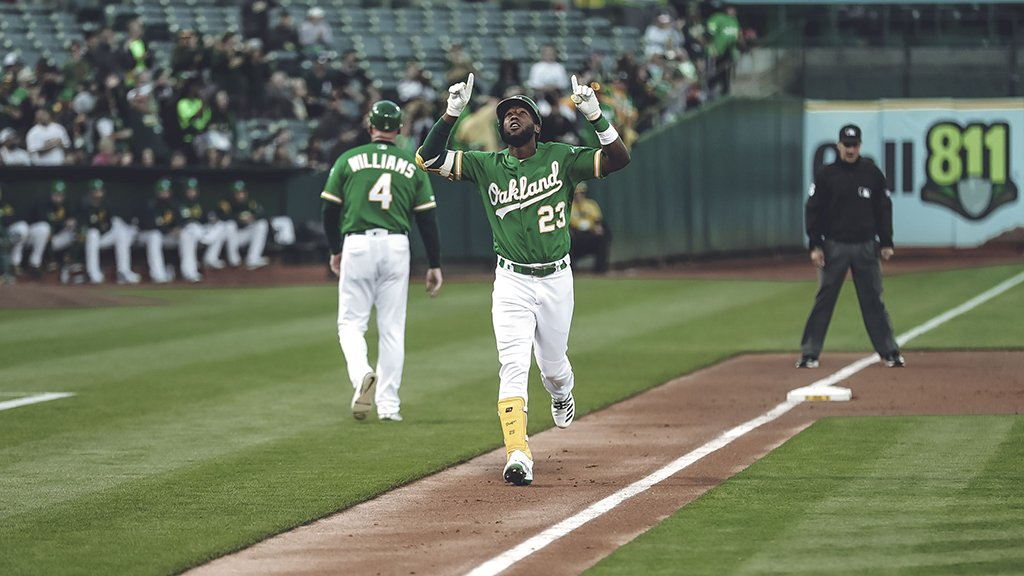 a469d4aa1e088e Can't imagine not having the best uniforms in @MLB #GreenFridayspic.twitter .com/QJkjYw3390