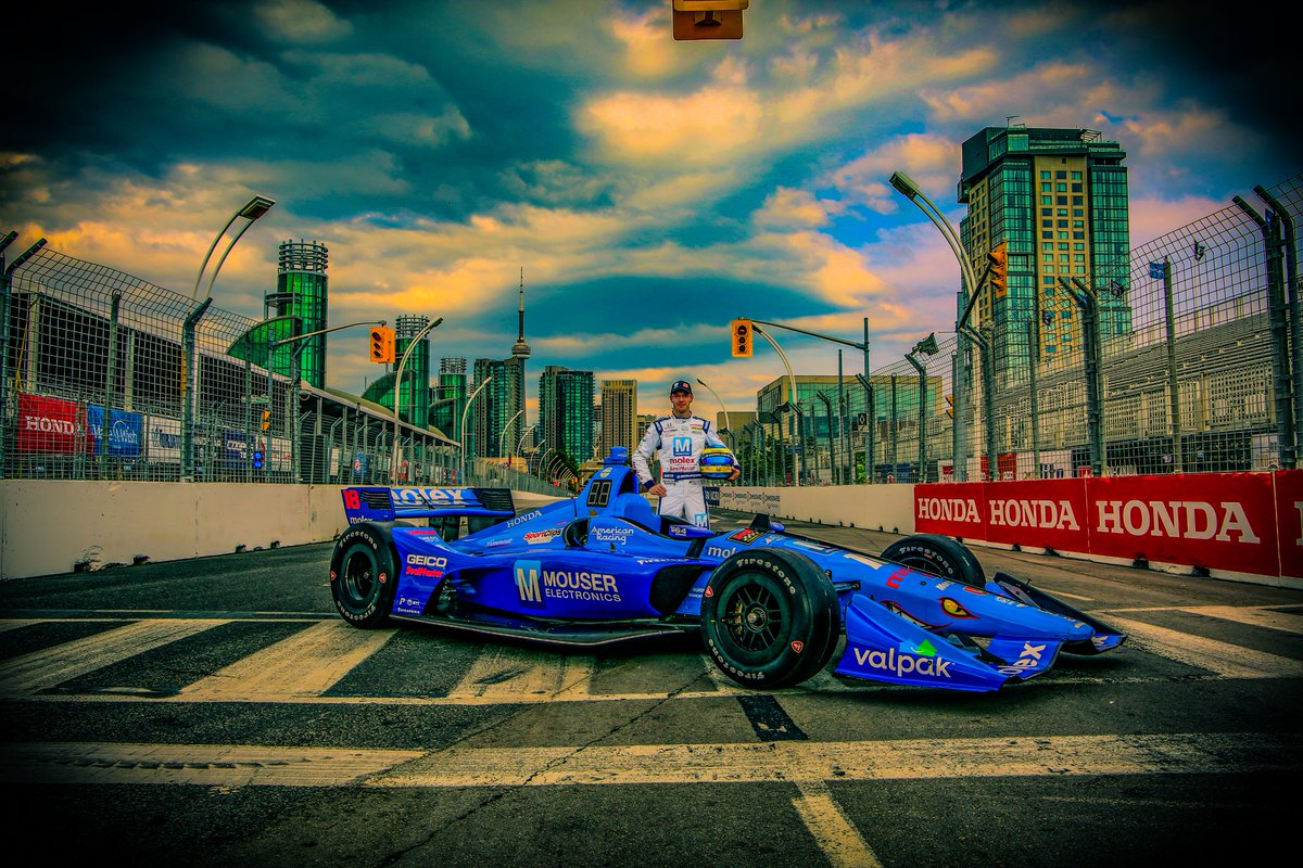 The team is so stoked to have @mouserelec @MolexConnectors on board for a second consecutive year at @hondaindy! Now time to go fast 😎. #INDYCAR @MouserRacing