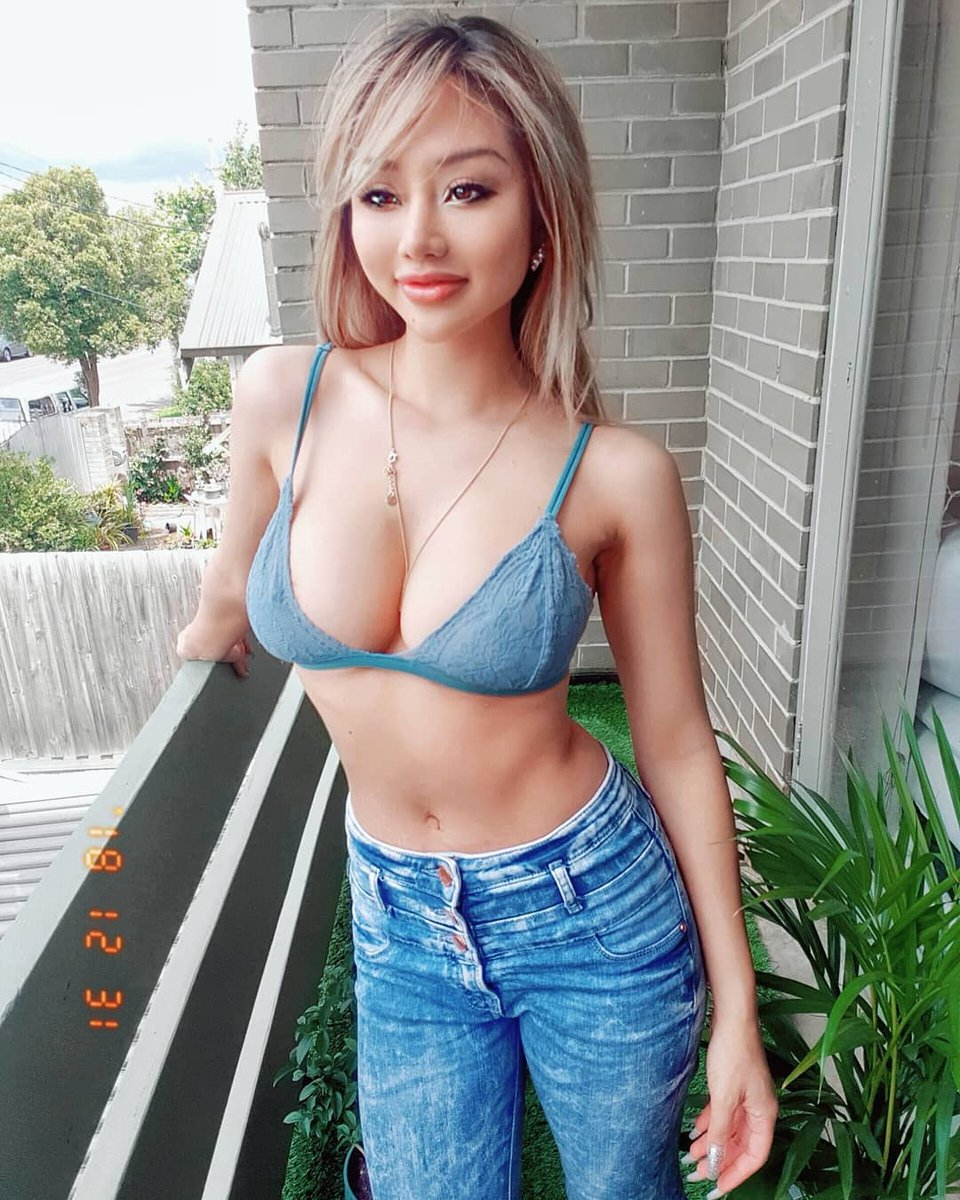 Asian babe hot Chinese Sirens