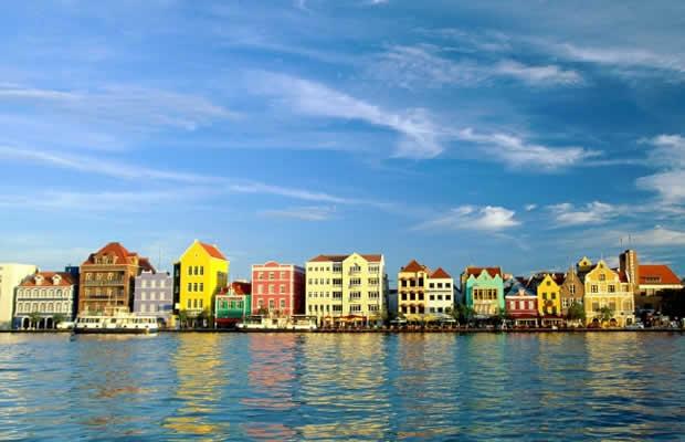 Venezolanos deberán tener visa electrónica para ingresar a Aruba