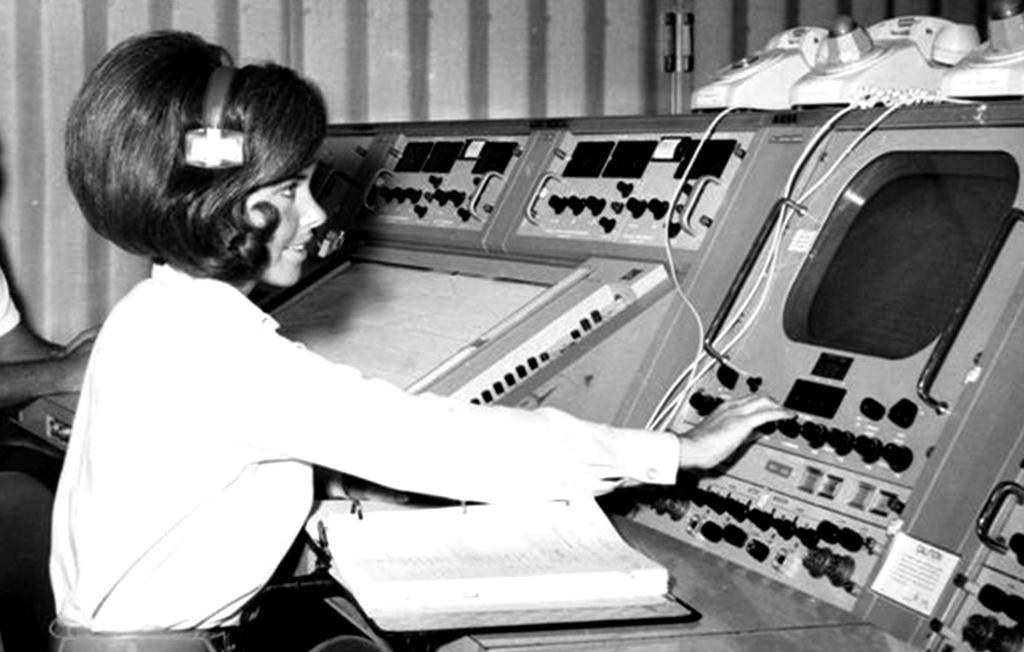 As we reflect on #Apollo50th, we remember the women who made it possible. Judy Sullivan was the lead engineer for the Apollo 11 biomedical system. During the countdown, she monitored the astronauts' biomedical data. She was the only woman in the room. https://go.nasa.gov/32fBZKR