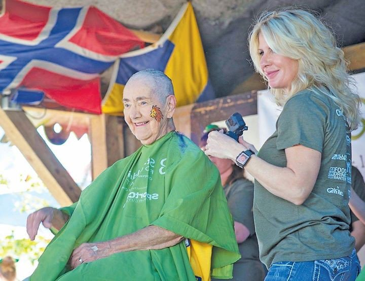 """test Twitter Media - """"I shave my head for the kids because it shows them they're not braving this on their own,"""" says Jeanne Diehl of the Sebastian Lions Club. Worldwide, a child is diagnosed with cancer every two minutes. Lions everywhere are stepping in ➡ https://t.co/t2PhHzIuqs https://t.co/vUp9MMOe38"""