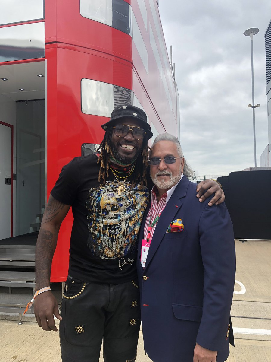 Great to catch up with Big Boss @TheVijayMallya  cheers 🥂#RockStar 👌🏿#F1