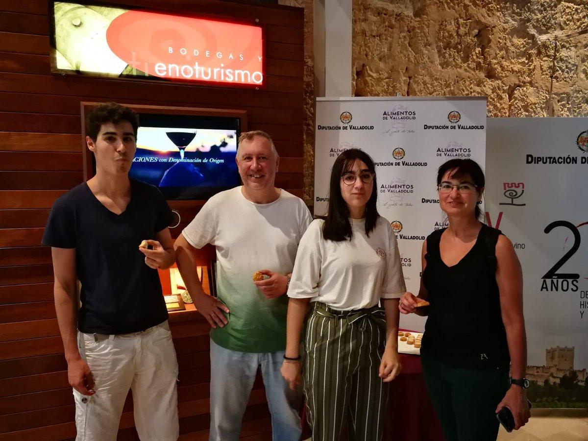 Hoy el #Museo Provincial del #Vino #MRV ha ofrecido dugustaciones de dulces con @alimentosVALL #unaprovinciamuydulce #agustodetodos