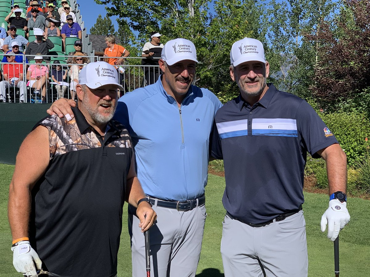 I'm being coached today! Playing with head coaches Mike Vrabel and Frank Reich at @acchampionship. #ACCGolf<br>http://pic.twitter.com/56kckud12U