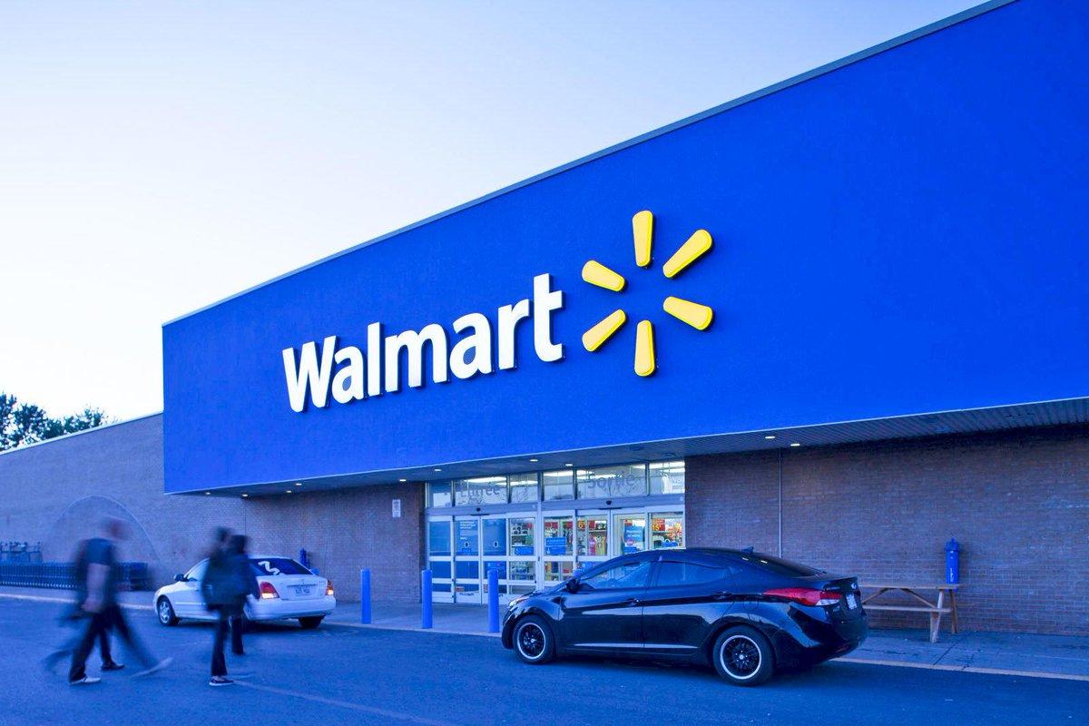 Suspects drive toward off-duty deputy working security at Norfolk Walmart; deputy opens fire