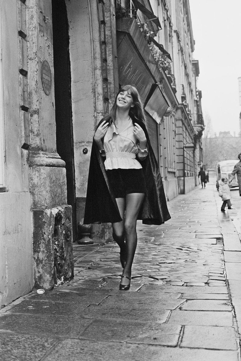 10896f65018 jane birkin s shorts and smile combo is inspiring our weekend wardrobe gt m  mckeown daily
