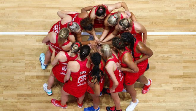"""💔 We're sad to announce that Layla Guscoth has ruptured her Achilles and will take no further part in the Vitality @NetballWorldCup. @traceynev: """"Myself and all of the Vitality Roses are by her side supporting her through this time"""" 🌹 👉 englandnetball.co.uk/laylaguscothin…"""
