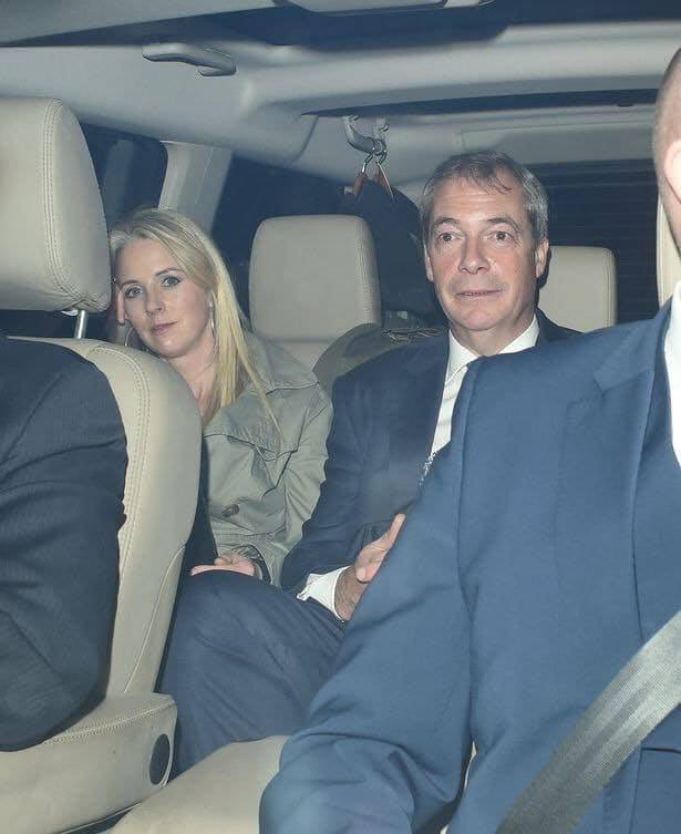 Isabel Oakeshott, the 'journalist' who broke the Kim Darroch story, with some of her friends... #OfficialSecretsAct #PeoplesVote #RevokeA50 #RevokeArticle50 #StopBrexit #Corruption <br>http://pic.twitter.com/IwbWPQ8f8i