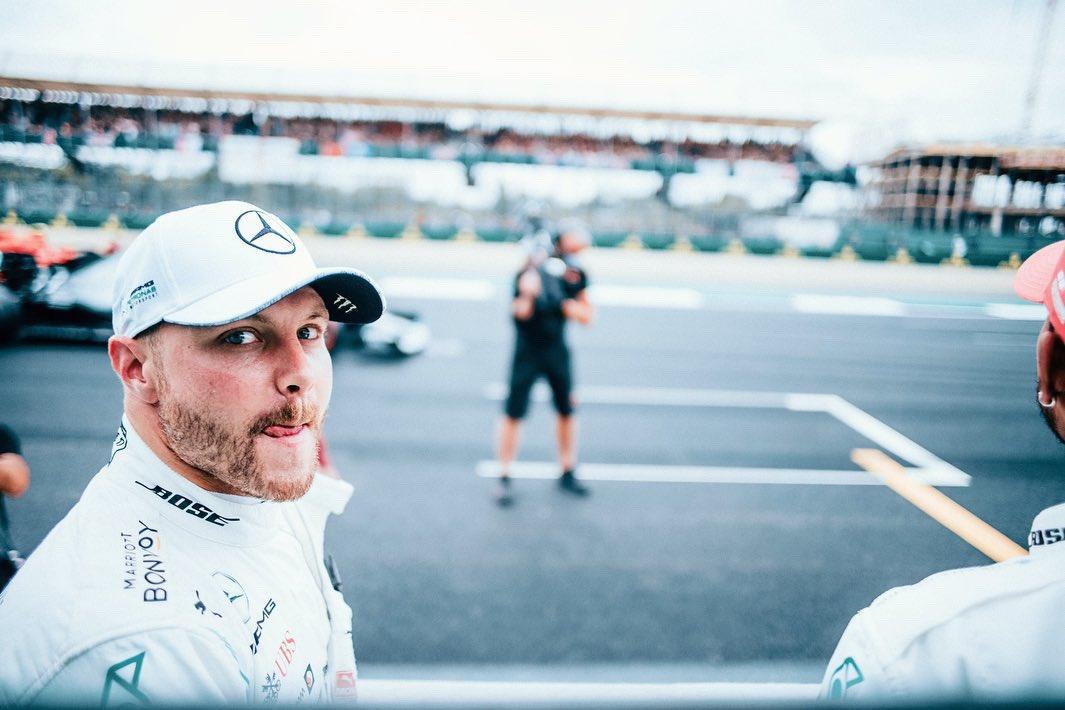 Pole position 💪🏼  10th @F1 career pole 🏁  Read about the quali: http://mb4.me/PQcrQXFW  #VB77 #F1 #BritishGP  @MercedesAMGF1  📸 @paulripke