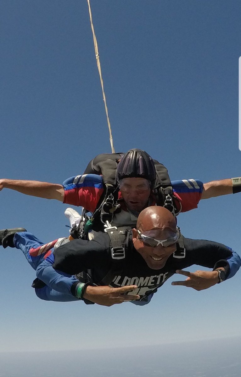 Wow! Spent my 50th birthday today jumping out a plane! Unbelievable feeling! Conquered one of my fears today! Live life while you're here! #WeCompete #LiveYourBestLife #<br>http://pic.twitter.com/hgxNxSffNd