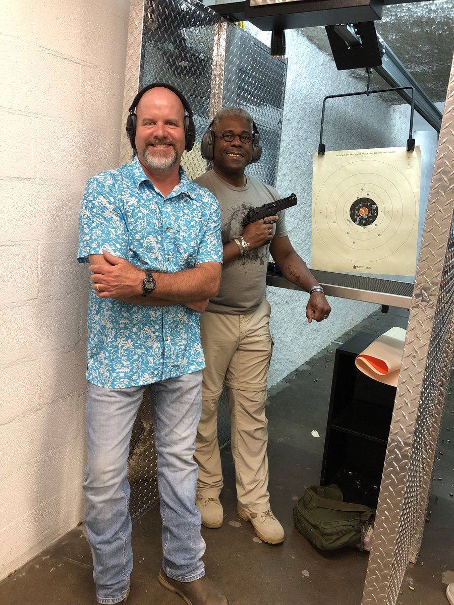 Me and the owner of the Lake Highlands Shooting Center, Marc Lubin, hanging out on a hot and humid Saturday early evening. Ya just gotta love the @kahrfirearms Desert Eagle L5 .44 Magnum. Gotten a lot better with this firearm and this was at 12 yards, 50 rounds #tcot #2A