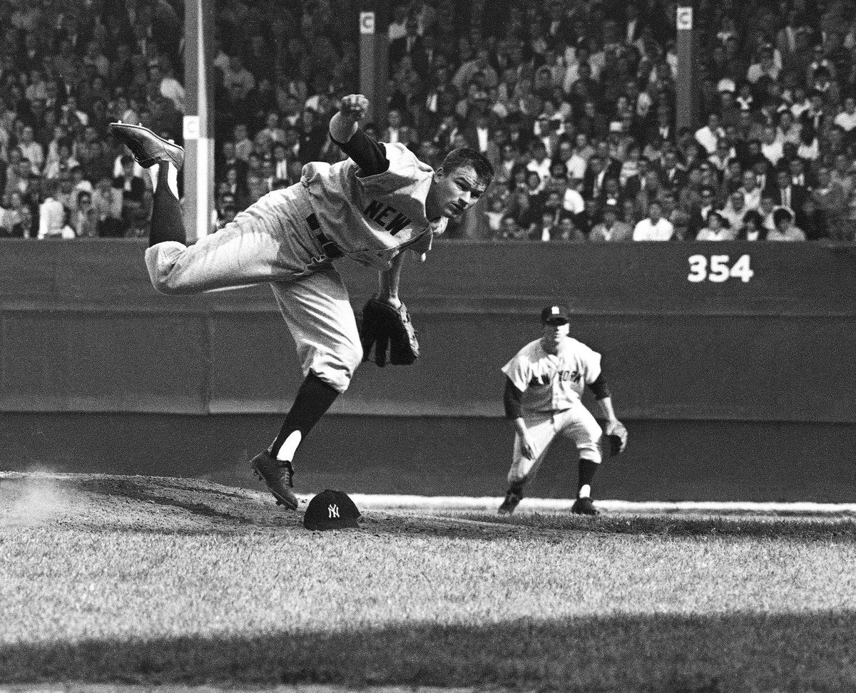 RIP Jim Bouton, author of Ball Four & also a tough hurler who won 21 for @Yankees in '63; 18 more in '64 plus 2 that yr in the WS. His @sabr bio https://sabr.org/bioproj/person/75723b1f…