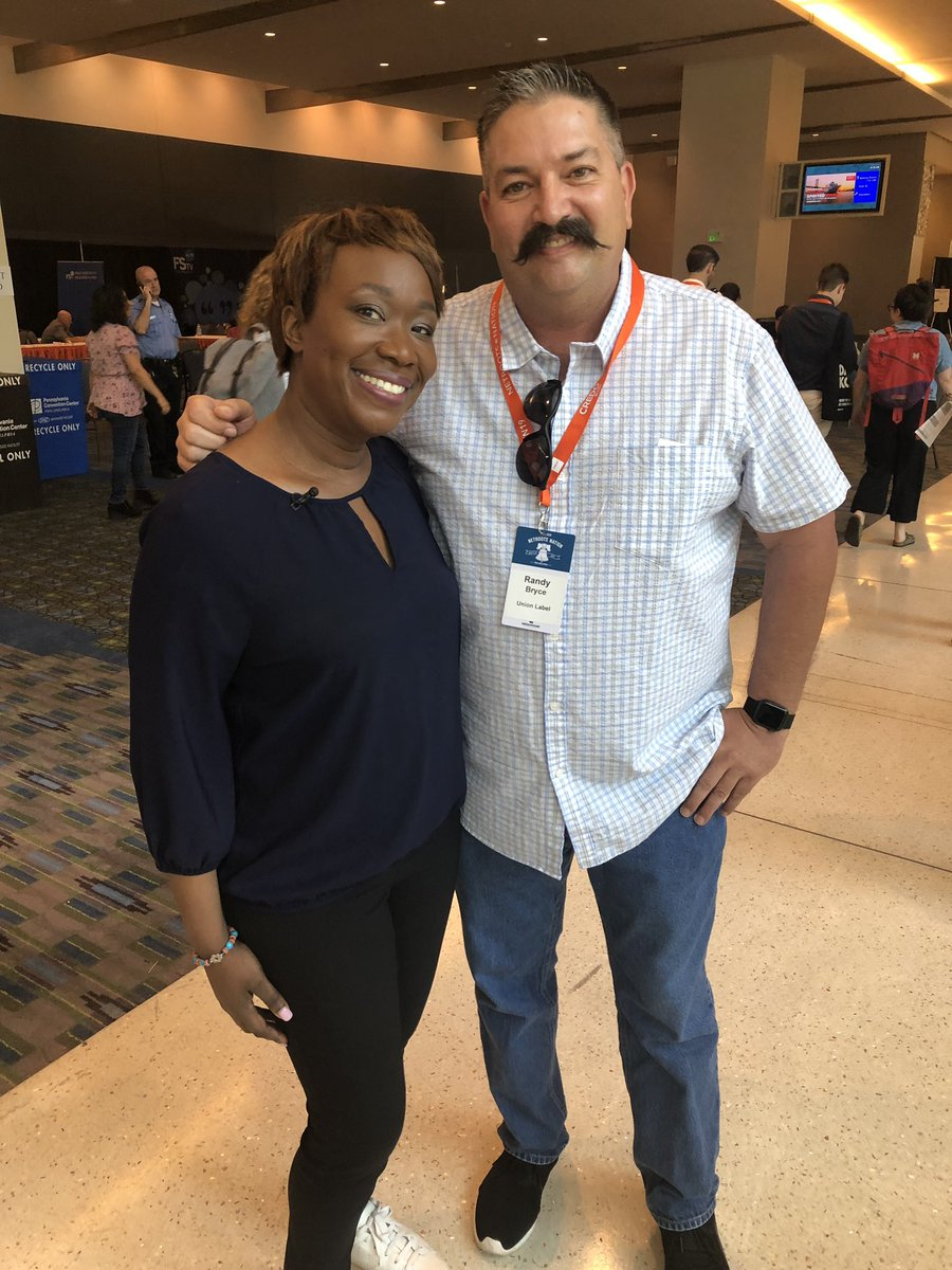 Had to post this pic: met @IronStache in person at #NN19 !! (And yes his stache is iconic!) <br>http://pic.twitter.com/Wn8Mvdm29K