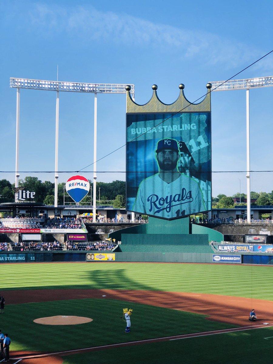 We just watched Bubba's first major league hit! @Royals @MLB Go Royals!!! #bubbastarling <br>http://pic.twitter.com/1Ku6p62loe