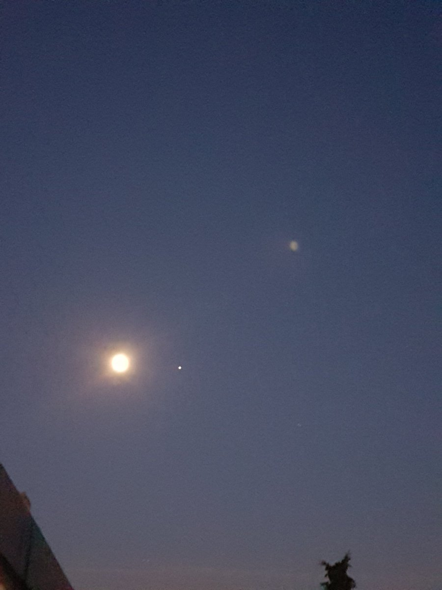 The moon with #jupiter to the right.