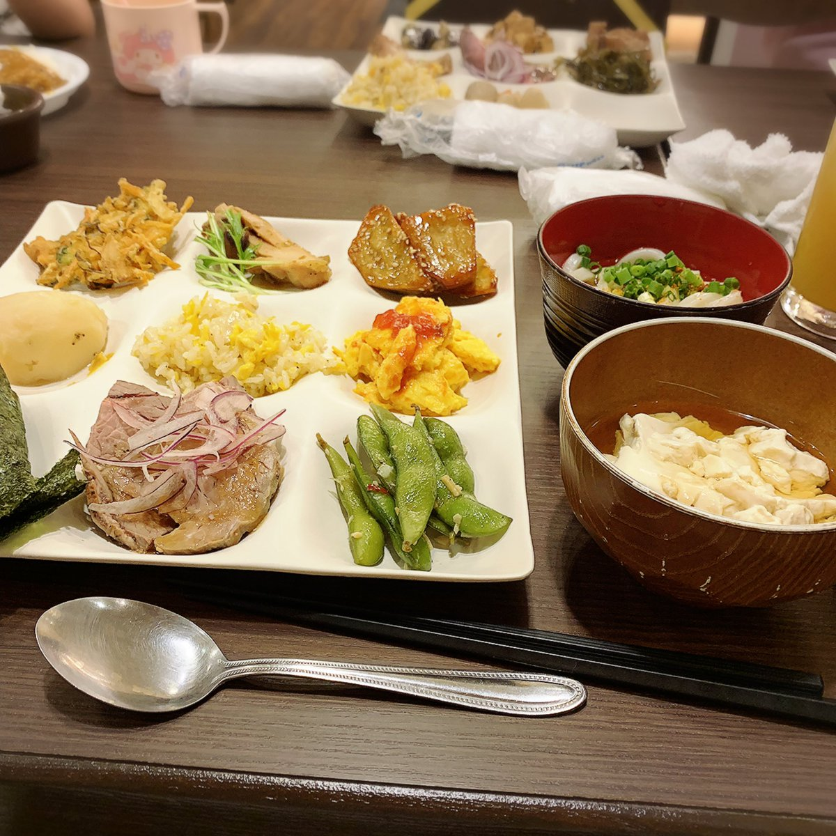#こんばんは #父の日ディナー 🍽 子供たちの食べれるのはあまりなかった🤫 #だいこんの花 #instagood #健康的な食事 #ビュッフェ #ディナー #日々 #沖縄 #goodtimes #fathersday #dinner #thankyou #food #yummy #okinawa #japan