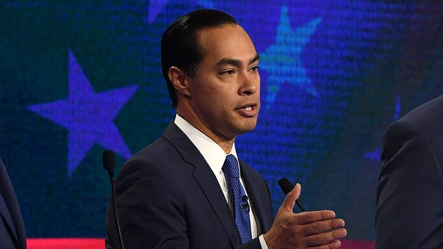 RT @thehill: Julian Castro finding a niche among voters, despite being behind in the polls https://t.co/f0uZmzrjxS https://t.co/rhDp9hyN1v