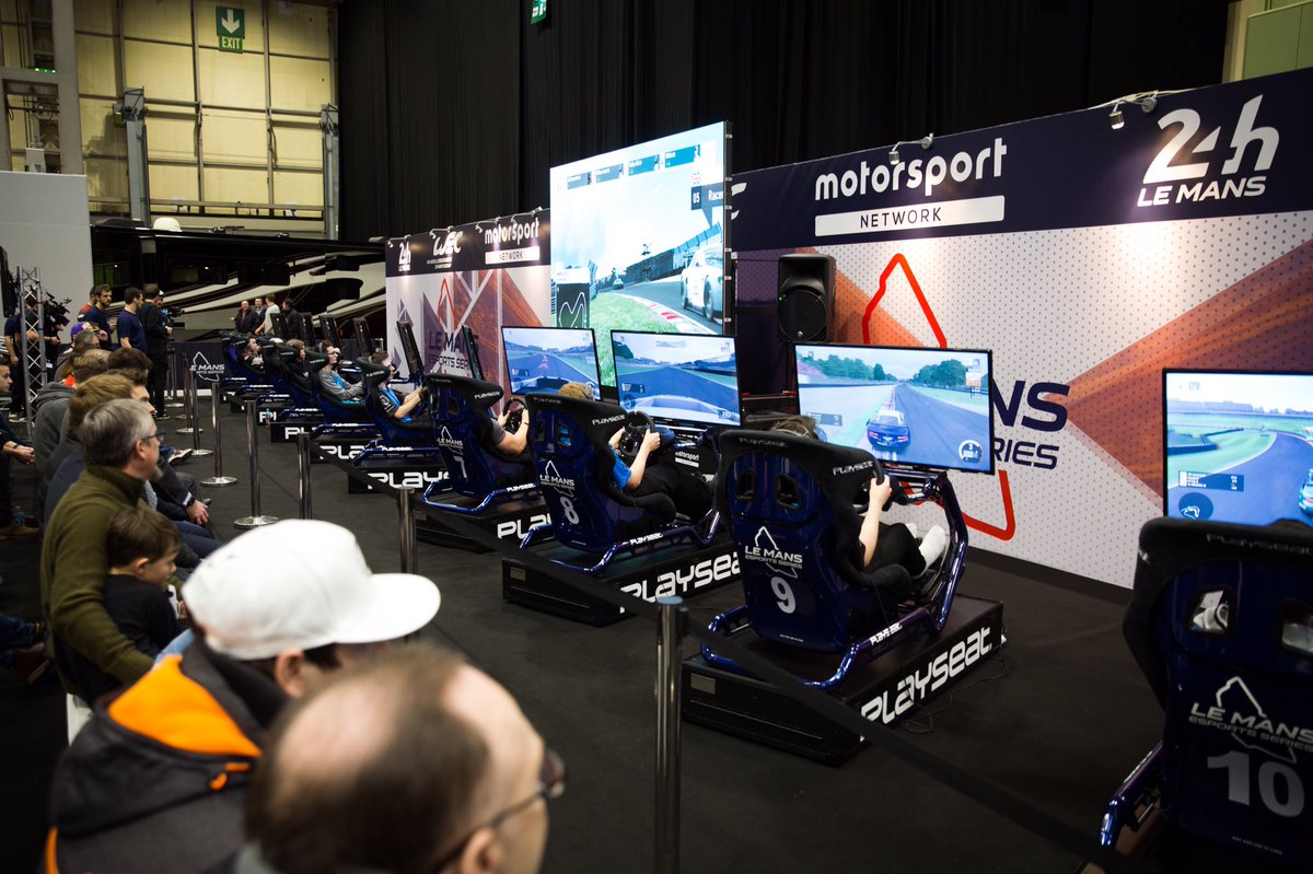 12 simulators lined - up at #ASI19, where fans took the virtual circuit and set a competitive lap time! 🏁
