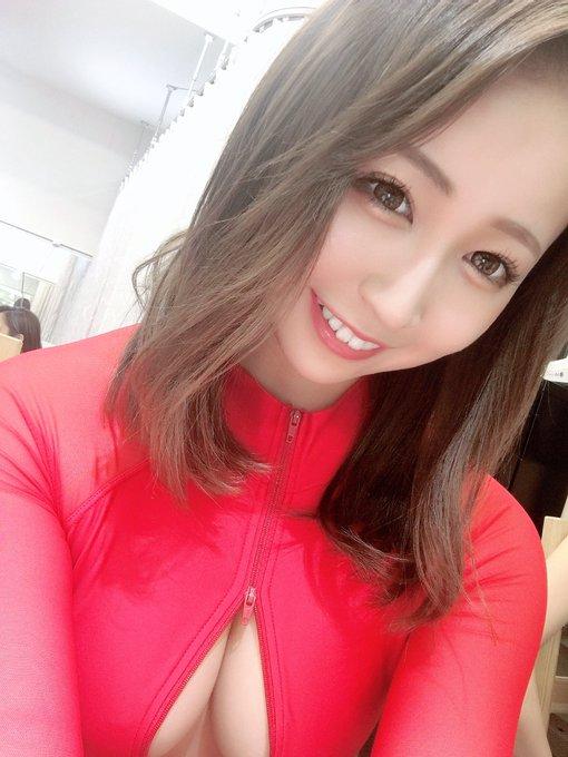 グラビアアイドル高橋美憂のTwitter自撮りエロ画像25