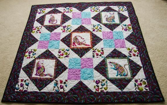"Do you love #Cats?  Check out the ""Cat-i-tude"" on these #felines!  Great #Birthday, #Anniversary or #Holiday #GiftIdea, #minkyQuilt, #GiftsforMom  #Mothersday  https:// buff.ly/2BQShOF     <br>http://pic.twitter.com/GWP15zpPTy"
