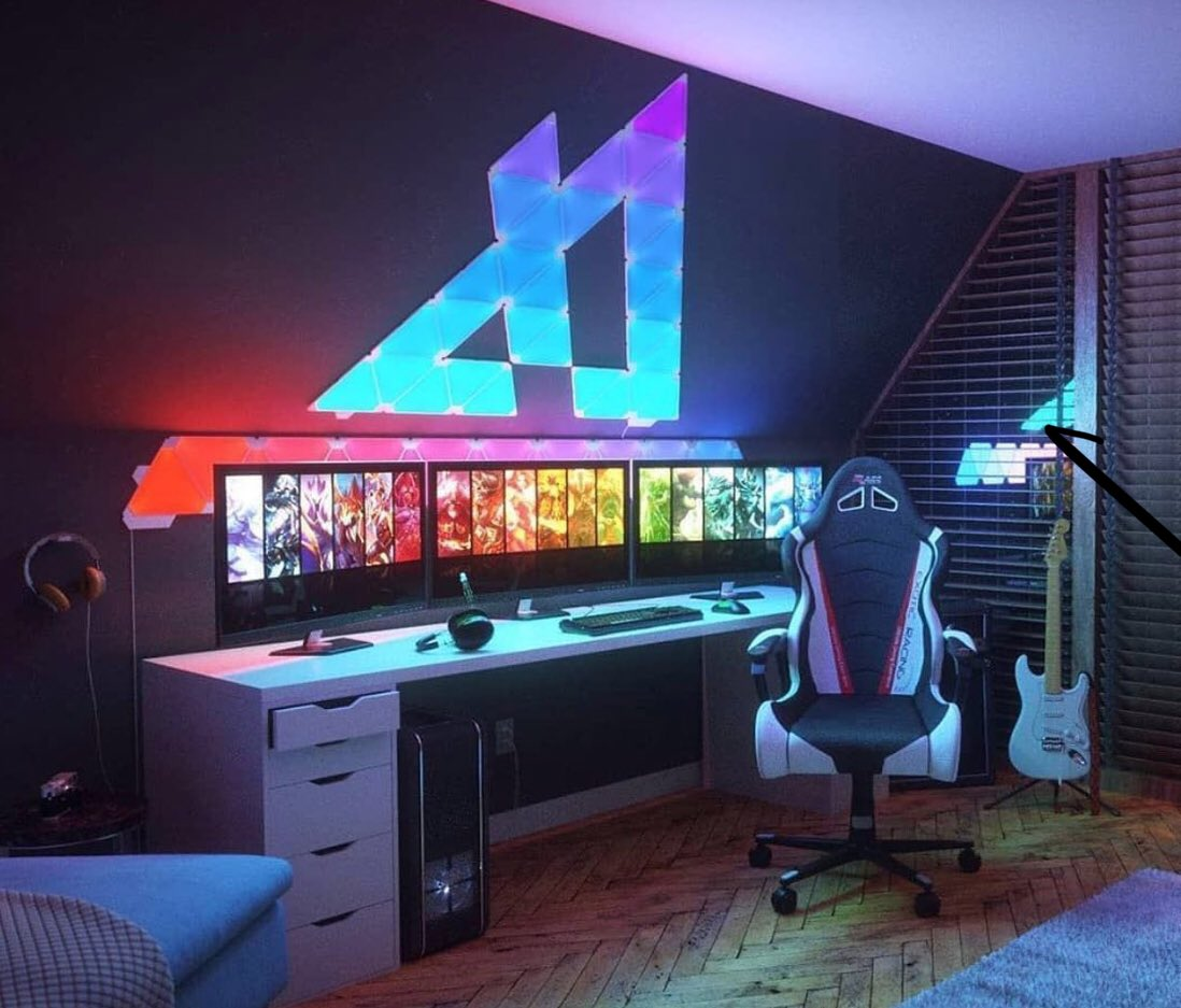 How would you design your lights? (Credit: @stogatech ) . Follow @realtsetters for more tech posts . . . @streets_tv  @IGN @techreview @TechNation  @PlayApex  #dreamsetup #dreamsetups #pcgamingsetup #gamingchairs #gamingsetups #pcmasterace #custompcbuild #smtv #streetsmediatvpic.twitter.com/H93pfHHo5Z
