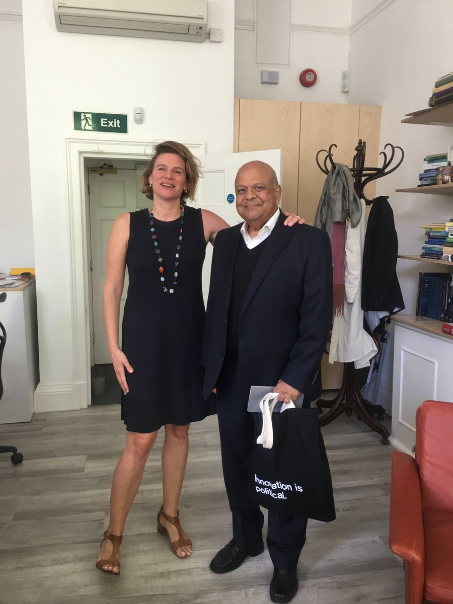 test Twitter Media - This month we had a wonderful meeting in our @IIPP_UCL office with the South African Minister of Public Enterprises, Pravin Gordhan. Holding our @IIPP_UCL trademark bag (Innovation is political). https://t.co/aClynsXNf1