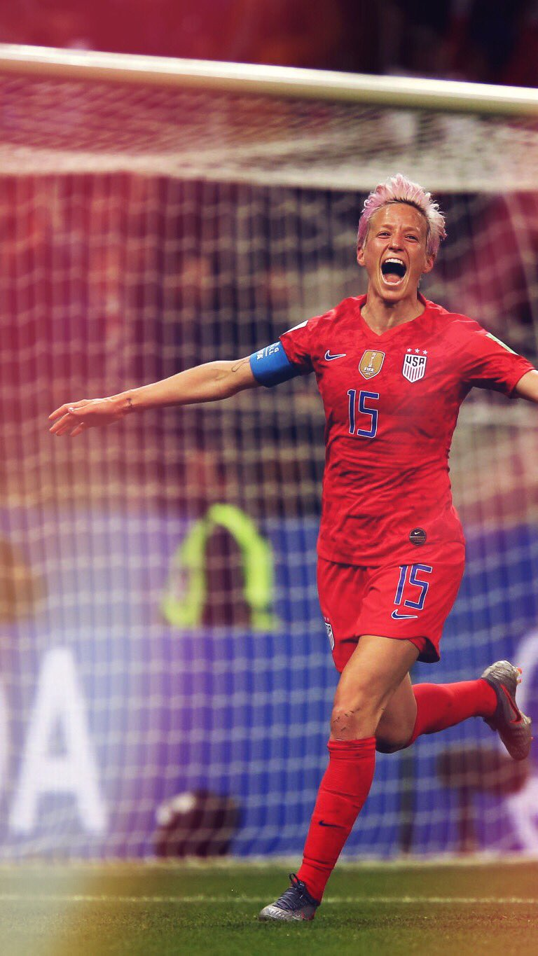 megan rapinoe wallpaper