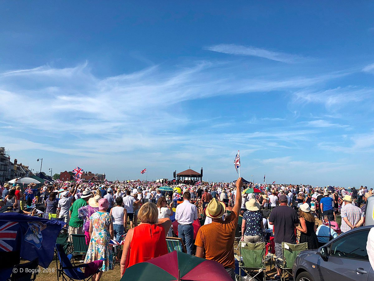 A warm welcome to @RMBandService and the many visitors coming to the Memorial Concert at @DealBandstand today (Sunday 14 July 2019). #concert #rededication #flypast #wewillrememberthem #WhiteCliffsCountry #loveDeal<br>http://pic.twitter.com/8xXKrU0bha