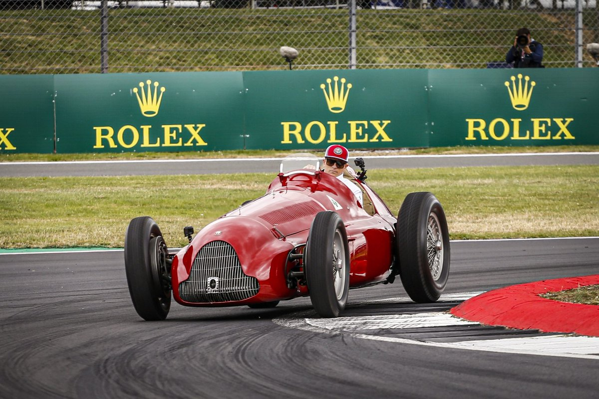 """Kimi: """"I really enjoyed driving the 1950 Alfetta, it was a bit loud, I should have had worn some earplugs! But it was a great experience.""""  #Kimi7 #BritishGP <br>http://pic.twitter.com/pPqxzE06N4"""