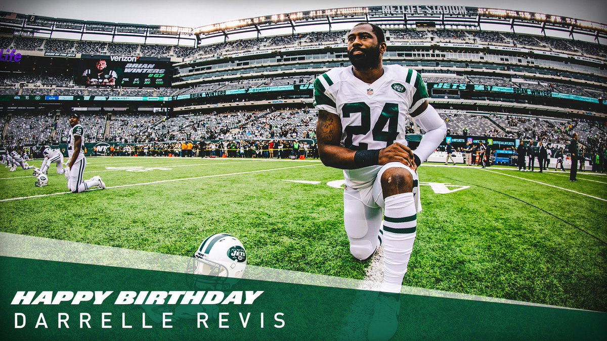 There's a party today on Revis Island 🏝️  HBD, 2⃣4⃣‼️