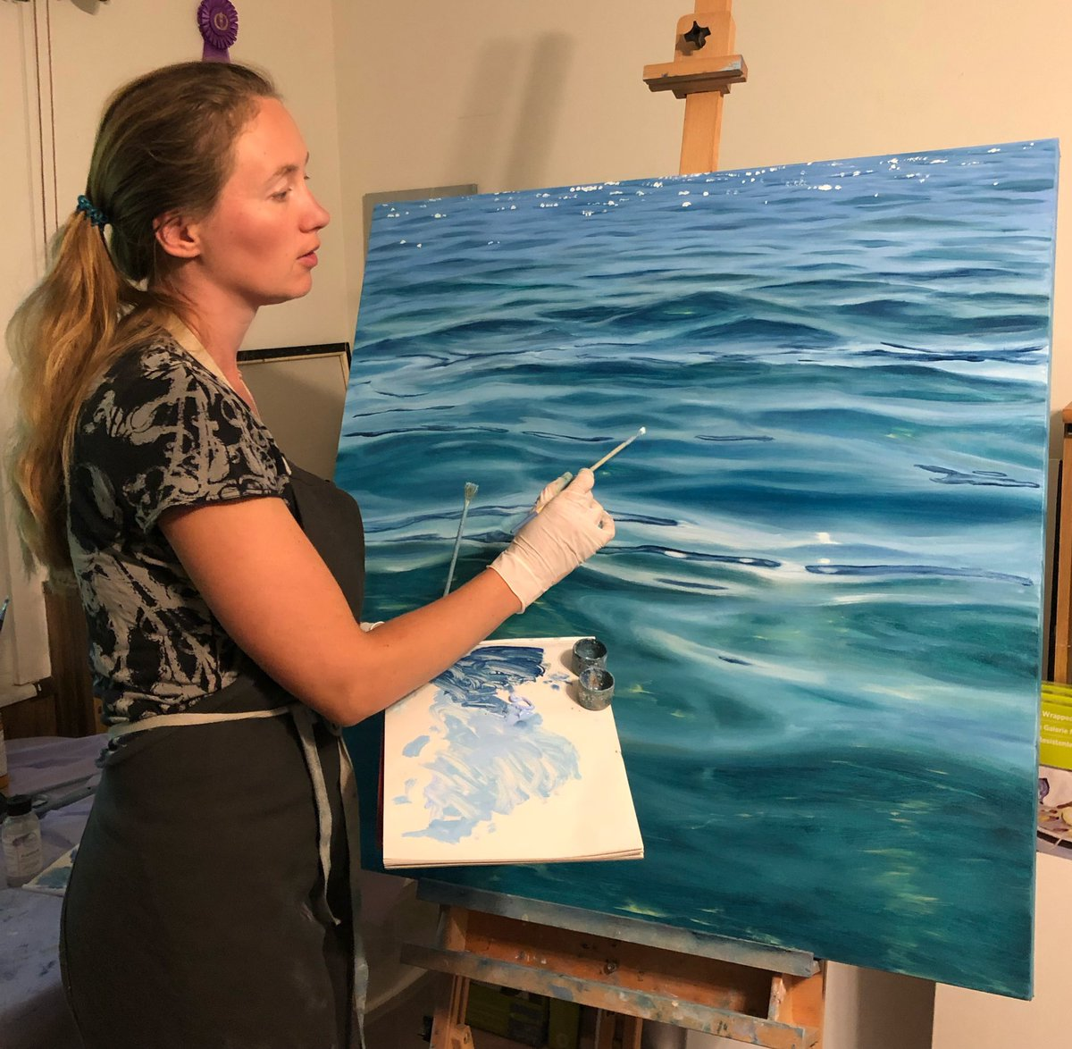 Almost done, layering on the light in this large crystal clear water painting. #SundayMorning #ArtistOnTwitter<br>http://pic.twitter.com/CYd6Ym9czL