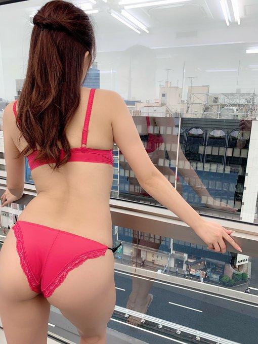 グラビアアイドル森咲智美のTwitter自撮りエロ画像45