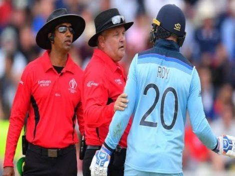 ICC CWC 2019: Umpires under scanner after their poor decisions in the final   http:// xtratime.in/icc-cwc-2019-u mpires-under-scanner-after-their-poor-decisions-in-the-final/  …   #XtraTime #ICCCWC2019 #WeAreEngland  #BackTheBlackCaps  #ENGvNZ<br>http://pic.twitter.com/GrDCnW31zk