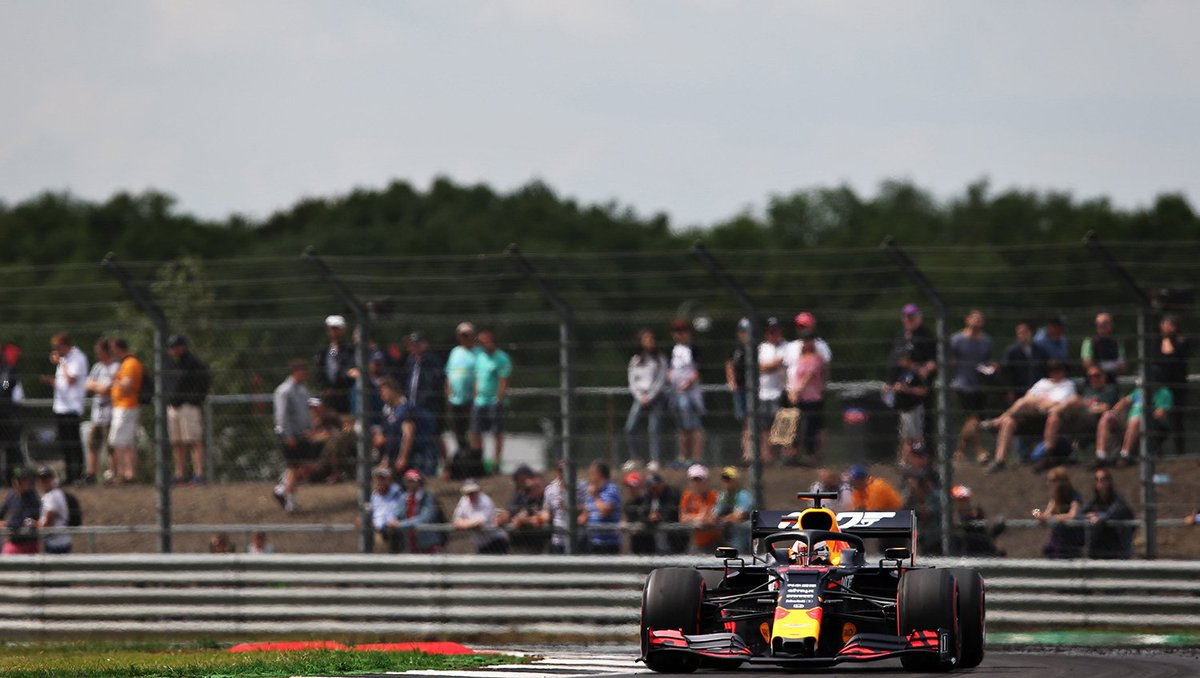 VET collides with Max on lap 37 😲 But the Dutchman is back up to P5 👊 #BritishGP