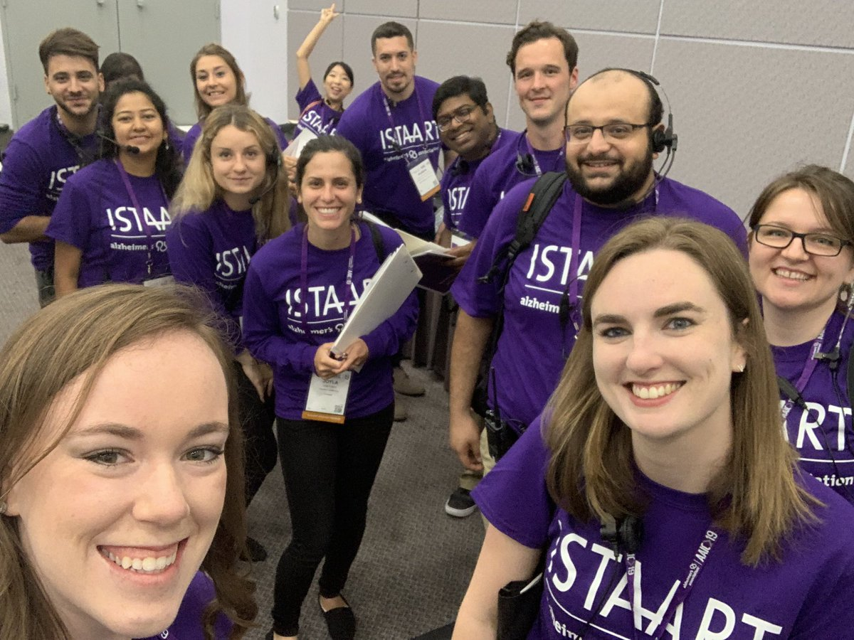 @ISTAART student volunteers prepped and ready for #AAIC19!!