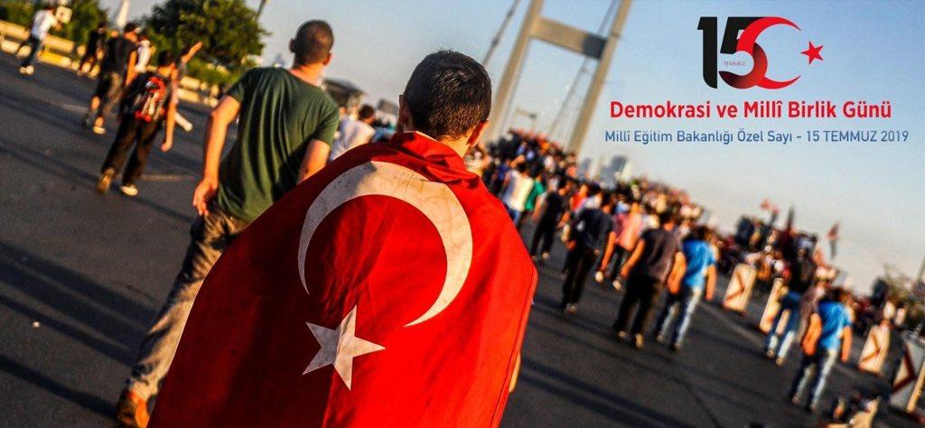 """""""15 Temmuz Demokrasi ve Milli Birlik Günü"""" e-Dergimiz http://meb.gov.tr'de yayında.              👉🏻http://bit.ly/2xOHeTG        15 Temmuz hain darbe girişiminde canlarını ortaya koyan aziz şehitlerimiz ve kahraman gazilerimize minnetle...  #DemokrasiveMilliBirlikGünü"""