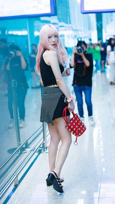 [PHOTO] 190705 Taeyeon @ Incheon Airport (heading to Hongkong) D_cmoN3VAAACG0k?format=jpg&name=small