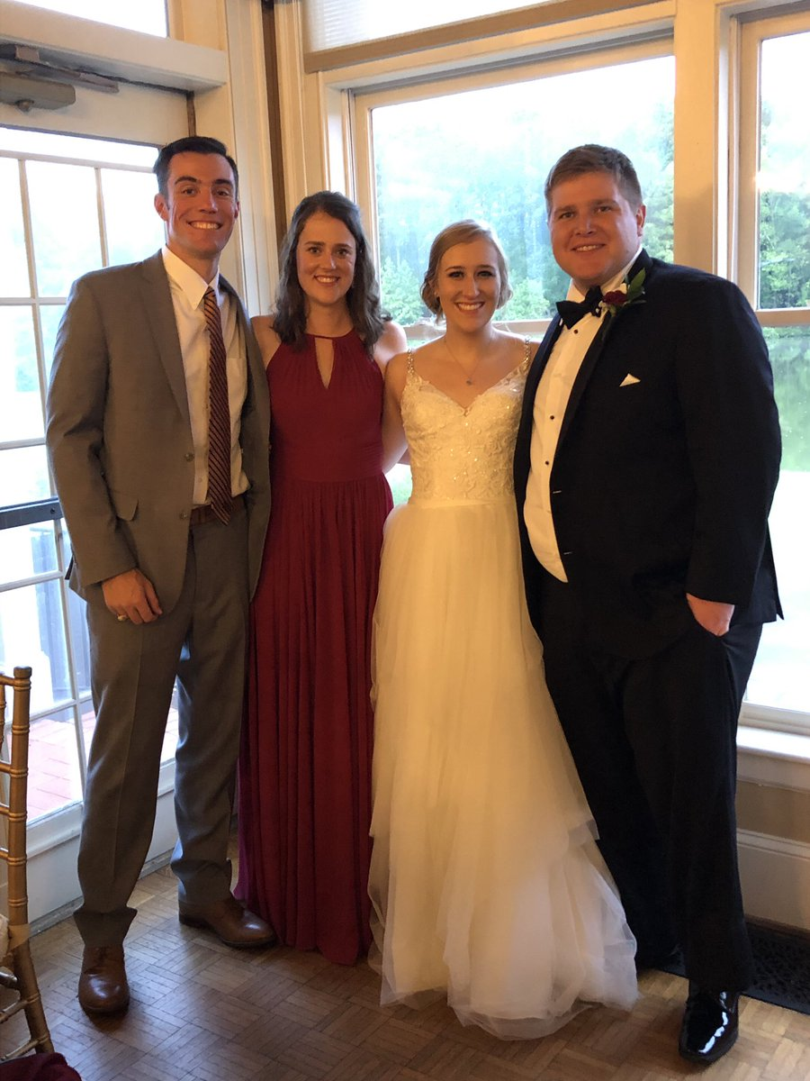 Two members of the #FinerThingsClub got hitched last night. It was so much fun to celebrate with the @1055TheROAR family! <br>http://pic.twitter.com/v9ZSlObtJO