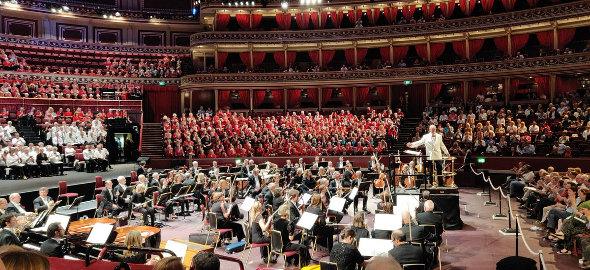 A NIGHT AT THE OPERA | Ive been infatuated with Carmina Burana (the scenic cantata by Carl Orff) ever since I heard it studying music, and Ive always wanted to hear it live. Tonight I got that chance at the @RoyalAlbertHall.