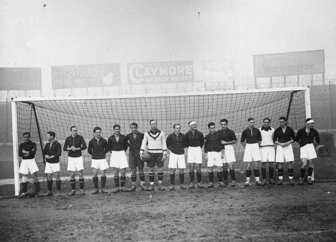 FOTOS HISTORICAS O CHULAS  DE FUTBOL - Página 10 D_dE12MXUAAuJCA