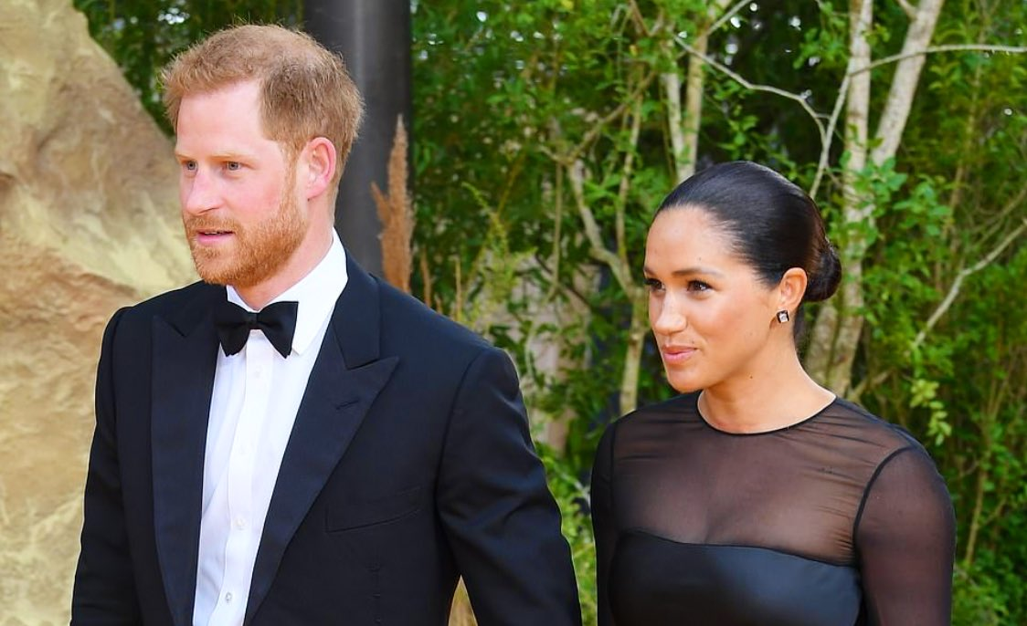 The Etiquette Experts Got It Wrong About Prince Harry's Tuxedo