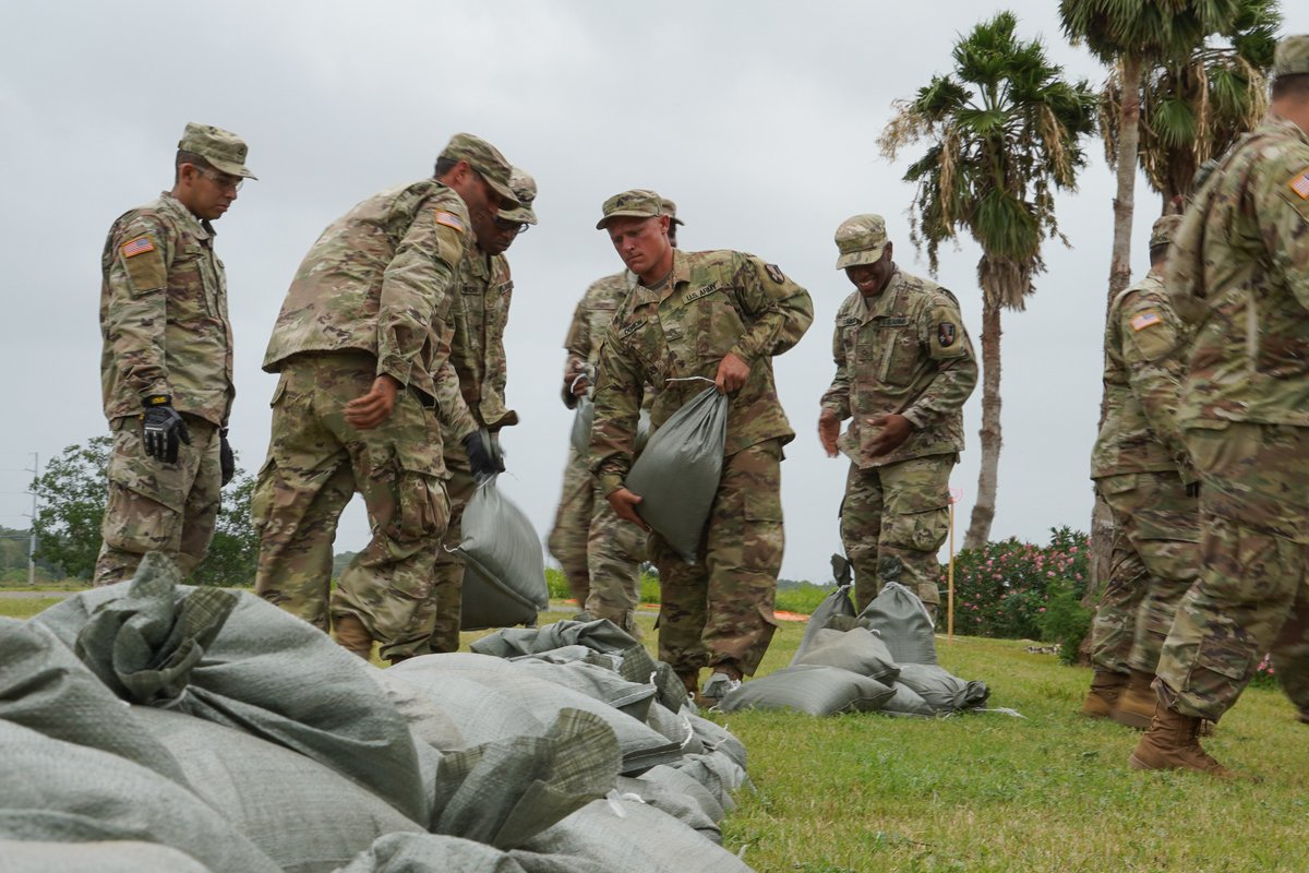 #GeauxGuard: @USArmy @LANationalGuard #Soldiers, @USNationalGuard Airmen on duty before, during and after #Barry storm to #ProtectWhatMatters! |  http://www. army.mil/article/224481 /la_national_guard_continues_to_ready_for_ts_barry_landfall   …  | #NationalGuard, #TotalForce, #HurricaneBarry, #HurricaneBarry2019, #TropicalStormBarry, #ThankYou <br>http://pic.twitter.com/Idtb2JKAt6