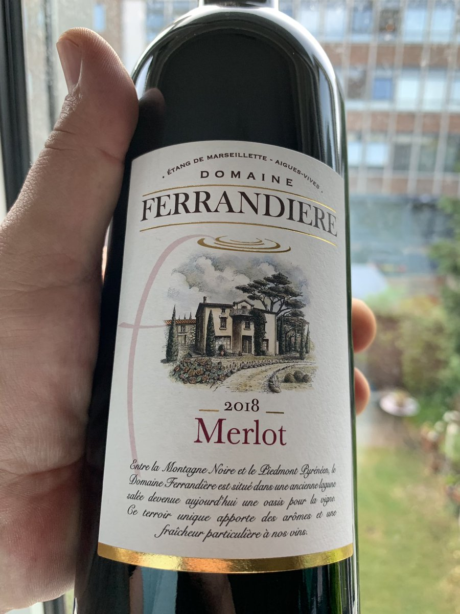 "@AldiUK #wineclub @BrotherMasonic  #wine #masonic #Twitterati @likemindedfree1 Remember Miles: ""If anyone orders Merlot, I'm leaving, I am NOT drinking any effing Merlot!"" Try some white, Bros! Can recommend some niiice Burgundies...?"