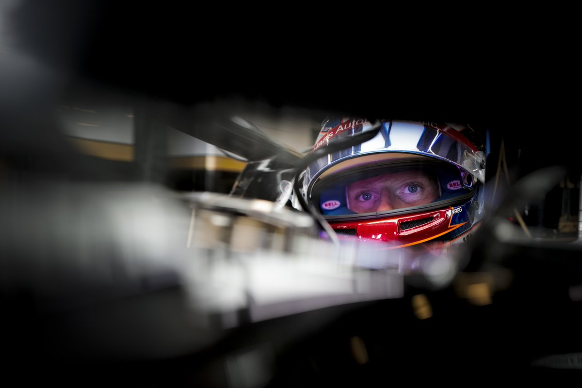 """""""I picked up the rear right puncture. After the pit-stop the damage to the car, on the floor, the brake ducts and so on, it was too much to be able to carry on racing. We had to retire the car unfortunately.""""  More from @RGrosjean here 👉 http://bit.ly/2YVW9r2"""